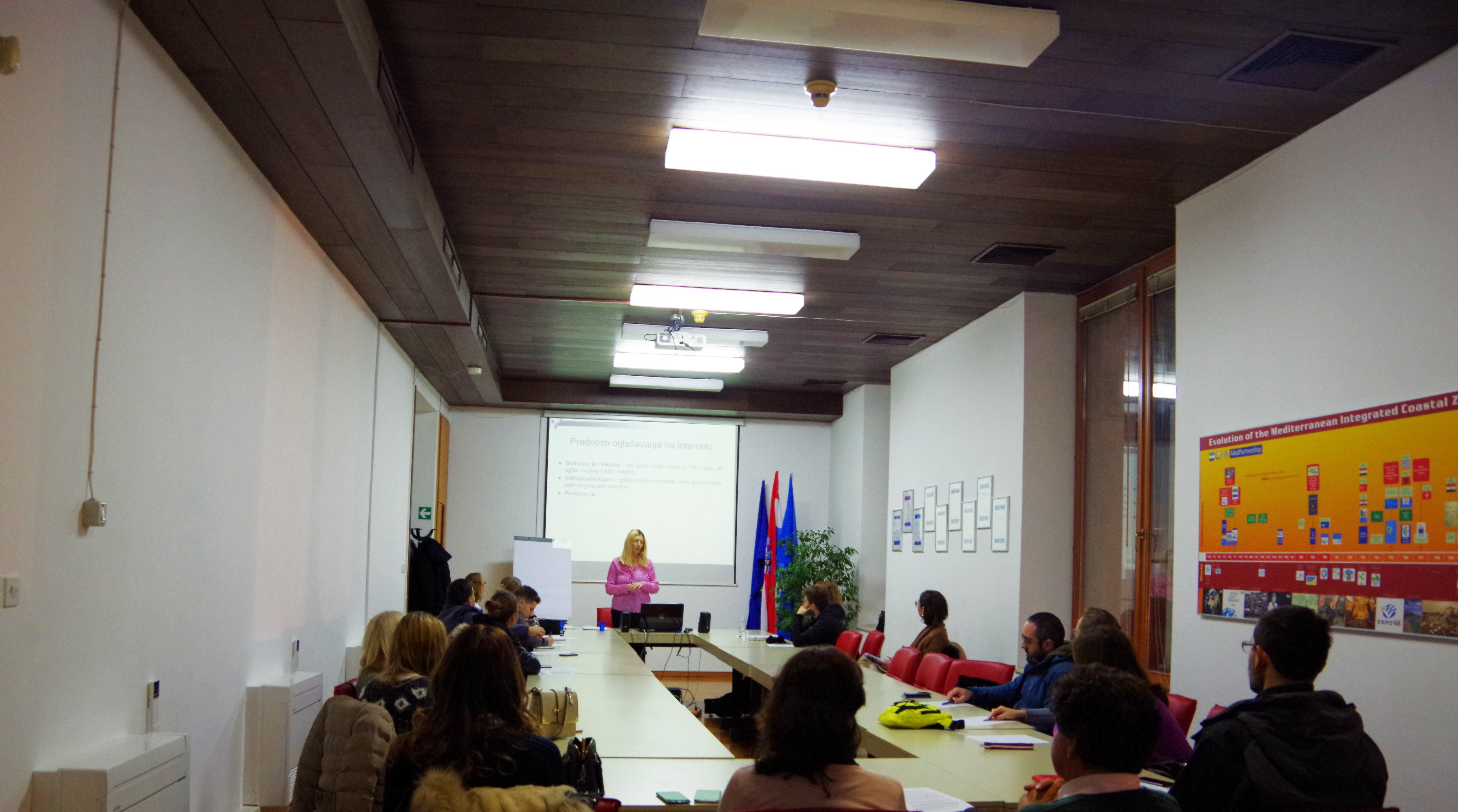 Education was held on Internet marketing methods for eco-owners and entrepreneurs