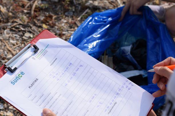 U akciji na Plaži Pantan prikupljeno 38 kg glomaznog otpada